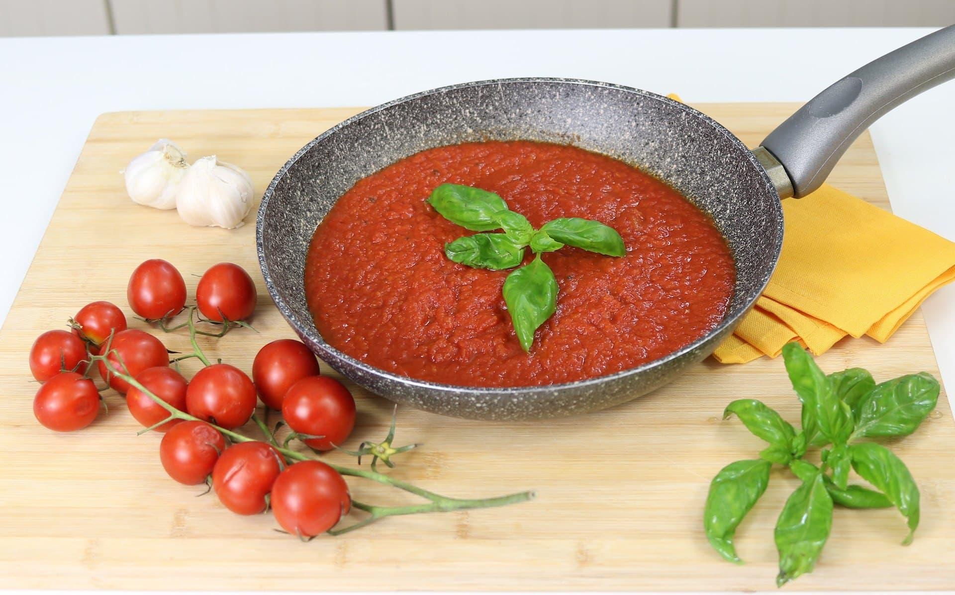 Salsa de tomate para pasta y pizza